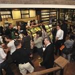 Három kávézót is nyit a Starbucks, ebből az egyiket vidéken