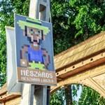 Felcsút, a falu, ahol nem megy át a Kétfarkú humora
