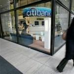 Végtörlesztés: csak a tehetősebbeknek éri meg a nagybankok kiváltó hitele