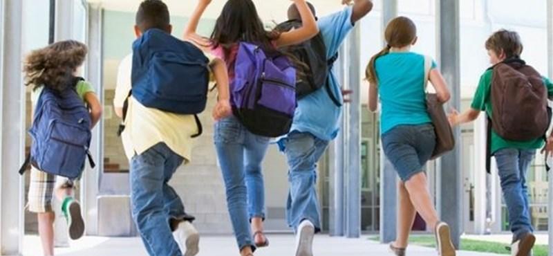Botrányt okozott egy iskolai segédanyag: vizsgálódnak egy amerikai gimnáziumban