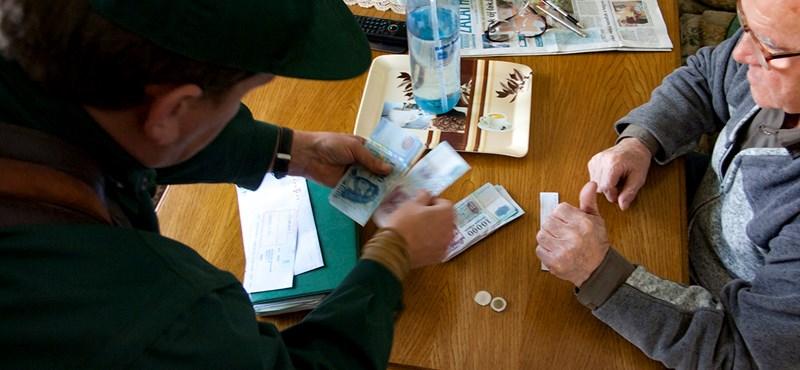 Kedden több pénzt kapnak a nyugdíjasok, de nem mindegyikük