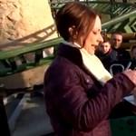 Hullámvasútazással sem ünnepeltek még 105. szülinapot - videó