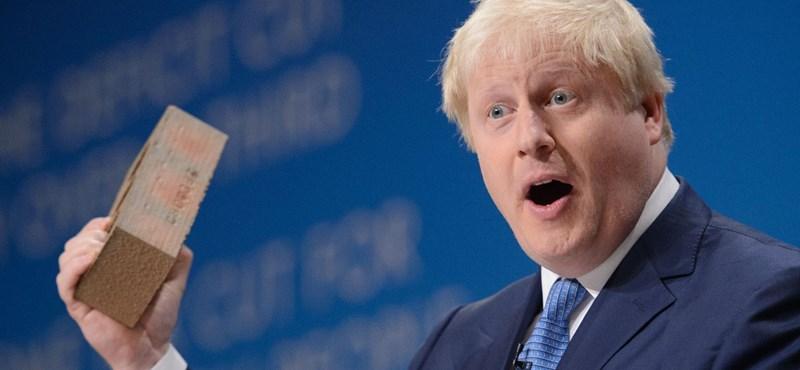 Teljesen átalakította a brit kormányt az új miniszterelnök