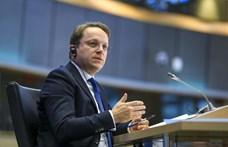 Pótválaszaiban is függetlenségét bizonygatta Várhelyi Olivér