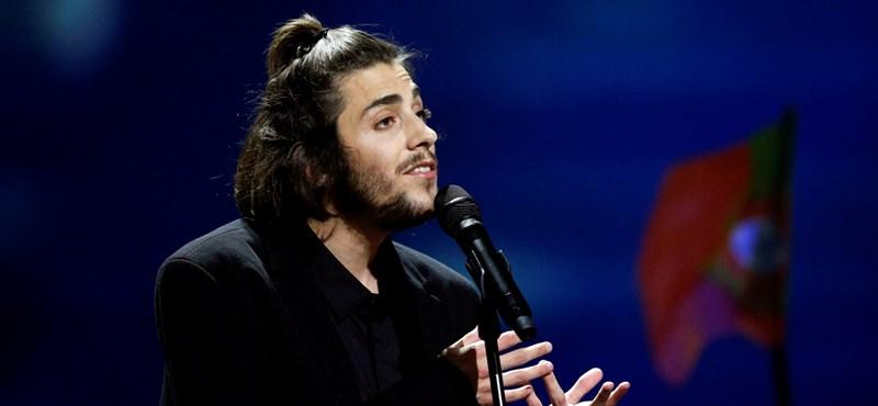 Megműtötték a portugál Eurovízió-győztest