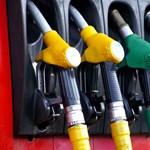 Új benzinfajta érkezik a magyar kutakra