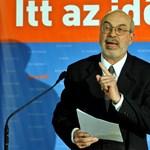 Megbüntették a fideszes polgármesterjelöltet, mert megint iskolában kampányolt