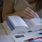 Egyetemi vizsgaközpontok is érintettek lehetnek a nyelvvizsgabotrányban?
