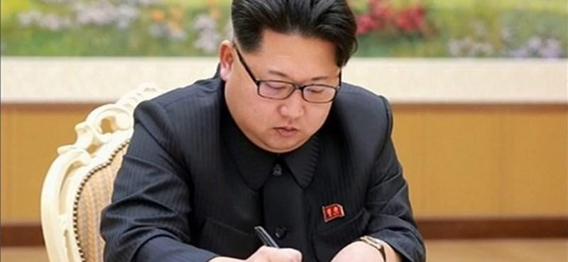 Miből futja Észak-Koreának drága fegyverprogramokra? Hát bankrablásból