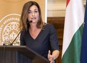 Donáth Anna: 180 fokos fordulatot vett a kormány a Facebook elleni keménykedésben