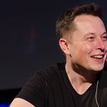 Agyba ültetett chippel gyorsítana az embereken Elon Musk