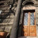Törölte a homeopátia tantárgyat a Semmelweis Egyetem