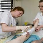 Megelőzhető lenne, mégis évente több ezer cukorbeteg veszíti el itthon a lábát