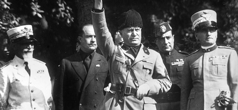 Bokáig gipszben gázoltak az olaszok Mussolini bukásakor