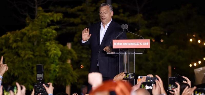 Timothy Garton Ash: Magyarország többé nem demokrácia