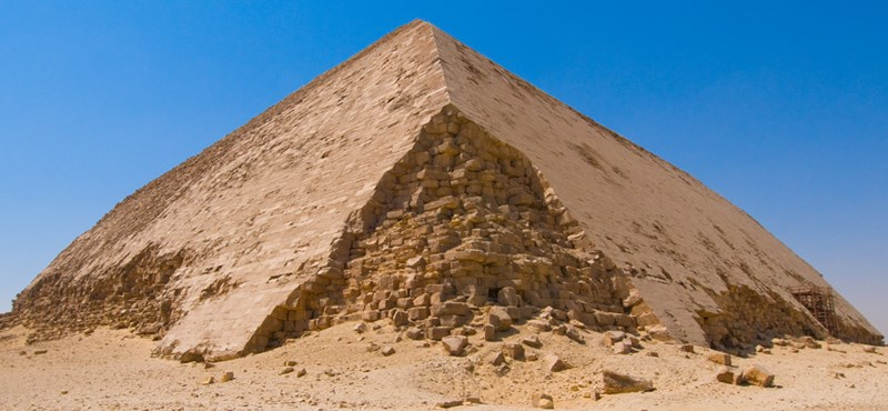 Több mint ötven év után tekinthető meg a legrégebbi piramisok közül kettő