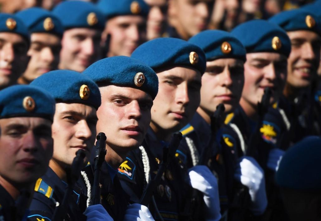 afp.20.06.24. Katonai parádé Oroszországban, náci Németország felett aratott győzelem 75. évfordulója alkalmából tartandó katonai díszszemle