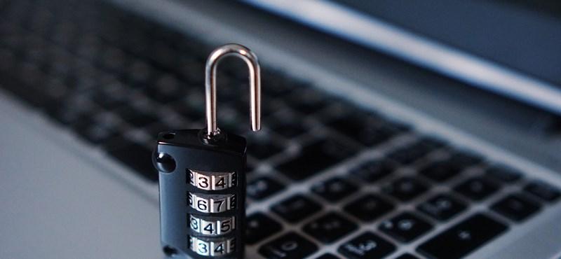 Most már arra is köthetünk biztosítást, ha vírusos lesz a gépünk vagy zaklatnak a Facebookon
