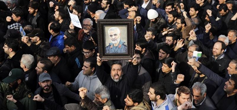 Iráni külügyminiszter: a kulturális helyszínek elleni támadás háborús bűncselekmény