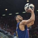Elkapta egy szelfire Messit a magyar kosaras sztár