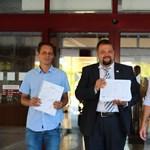 Beállt az ellenzék Bíró László mögé, a Jobbik aktivistákkal segít