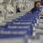 Brüsszel megelégelte az áruházláncokat szívató törvényt is
