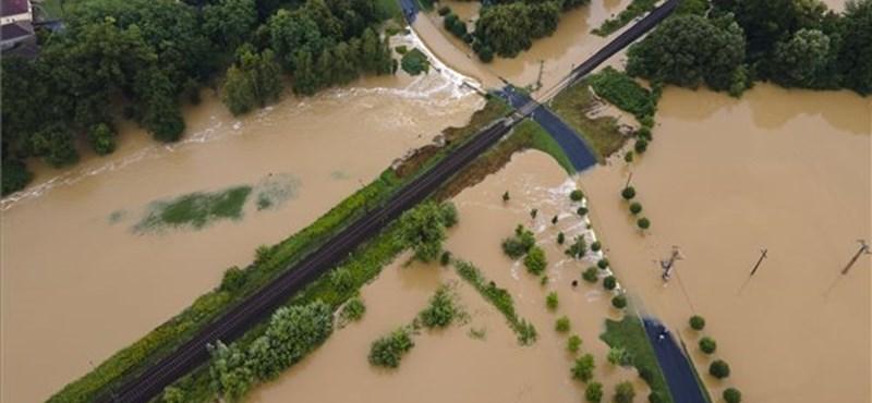 Ostromállapot az esőzések miatt Somogyban és Zalában