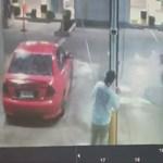 Menőzni akart a motoros, de hatalmas égés lett belőle – videó