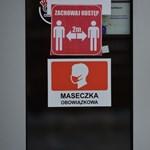 Lengyelországban engedélyezik, hogy a karácsonyi ünnepek előtt kinyissanak az üzletek