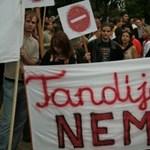 Pécsen is tüntettek