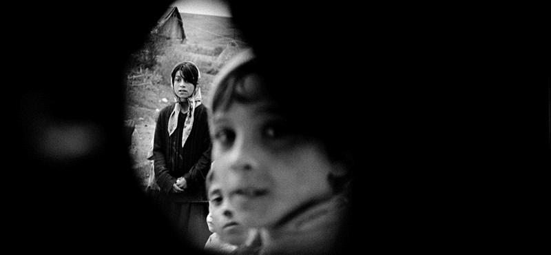 Harmincezer embert bocsáthatnak el Romániában