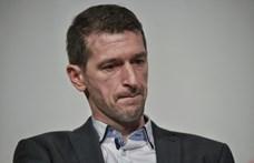 """Szakács Árpád nekiment a """"tízmilliárdokkal megtámogatott, kínosan amatőr"""" fideszes művészeknek"""