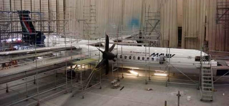 Újabb fotók a Malév Q400-asokról