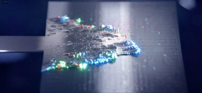 Jön a Microsoft új csodaszemüvege, mesterséges intelligenciát is kap