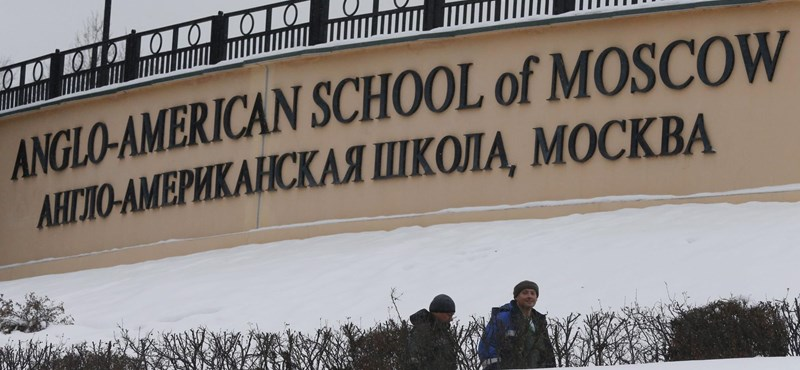 Egy iskola is áldozatul eshetett az elfajult orosz-amerikai viszonynak
