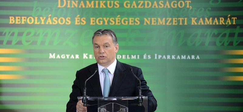 """""""Ez itt Európa új mini diktátora, Orbán Viktor"""" – riport egy osztrák tévében Magyarországról"""
