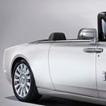 Gyorsan ledobta a tetejét az új Rolls-Royce Phantom