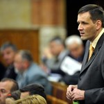 """A Jobbik elutasítja a """"megszorításokat"""""""