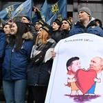 Hazaárulással vádolnak kárpátaljai képviselőket a magyar himnusz eléneklése miatt