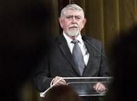 Árnyék-alaptanterv készült a miniszter tudta nélkül