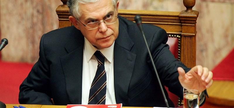 Papademosz: az új görög kormány teljesíti a kötelezettségeit