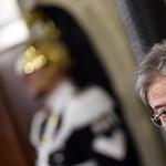 Feloszlatták az olasz parlamentet, márciusban lesznek a választások