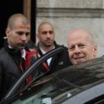Index: Bruce Willis zavarhatja meg a Forma-1 Magyar Nagydíjat