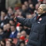 Az Arsenal kölcsönadta Denílsont