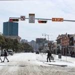 Napi ezerdolláros villanyszámlák Texasban a szokatlan hideg miatt