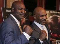 Holyfield újra bokszolna a fülébe harapó Tysonnal