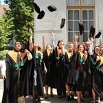 Biztos állásra számíthatnak az idén diplomázók?