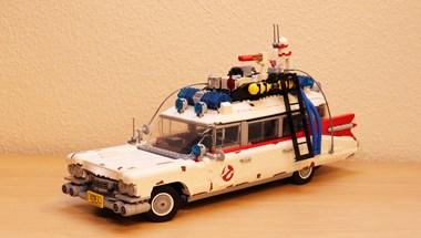 Szellemirtók: apró darabokból szereltük össze a patinás Cadillac mentőautót