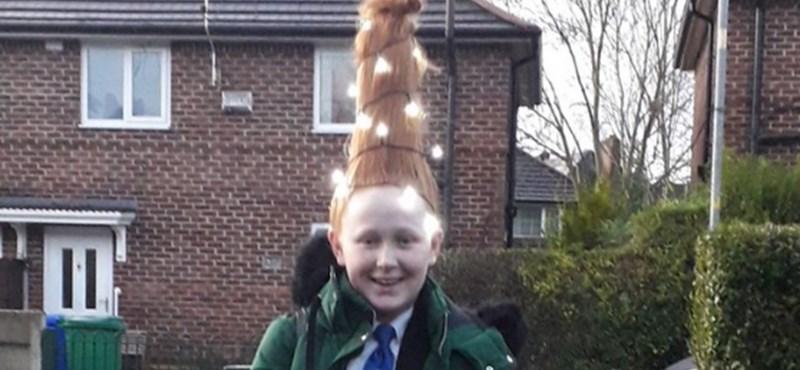 Hazaküldték az iskolából a lányt, aki égősorral dobta fel a karácsonyi frizuráját