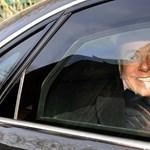 Kórházba vitték a koronavírusos Silvio Berlusconit